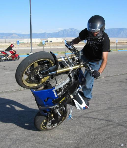 5324d1277888721 any one got stunt bike sale img 0330 - amazing photos of bike stunts