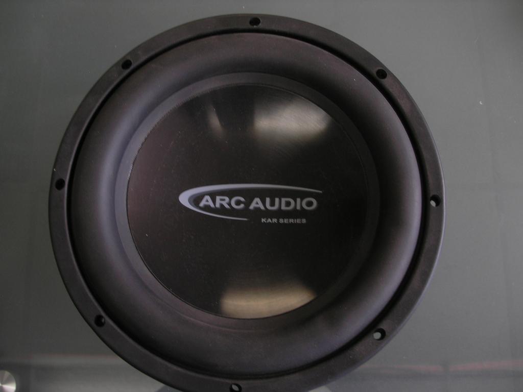 Arc audio. Old school, used car audio subwoofers,svc, dvc kar