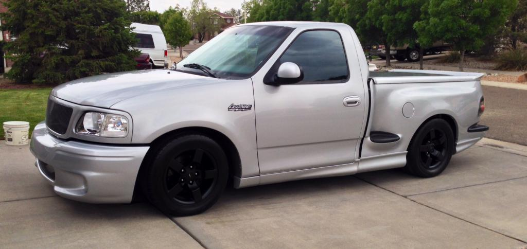 For Sale 2000 Ford Lightning Silver Truestreetcars Com